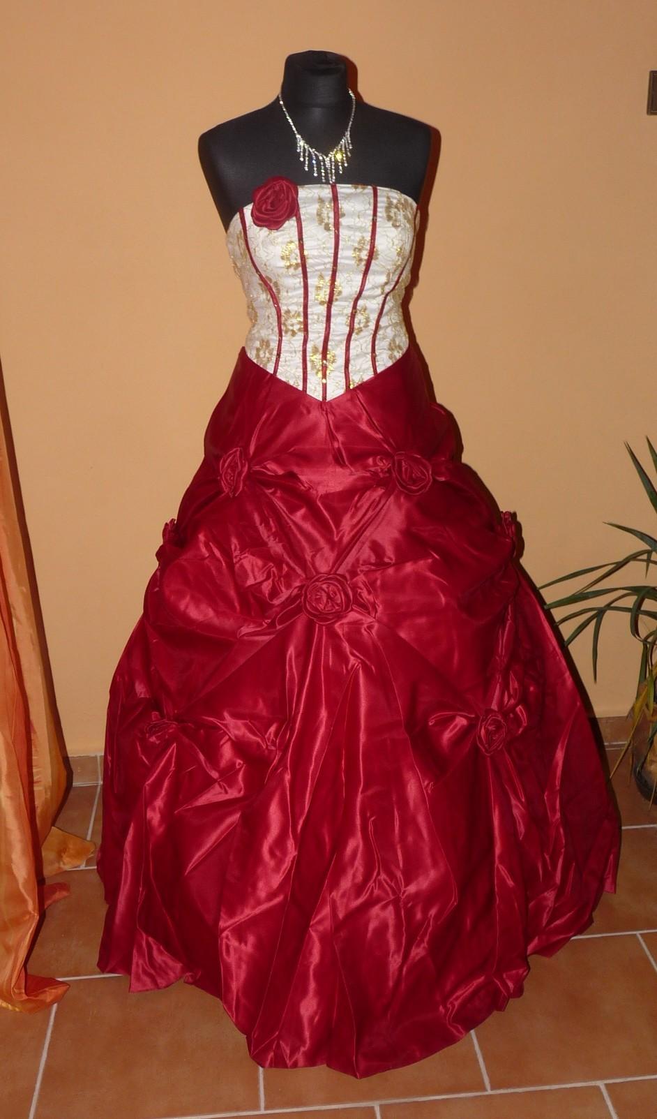 dee5af3d9aa Krátké a dlouhé plesové společenské šaty - Hollywood Style E-Shop ...