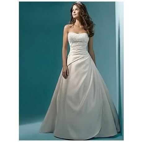 bohaté svatební šaty Aurelia