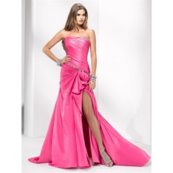 63d94db274e0 Dlouhé společenské šaty na maturitní ples - levné plesové šaty na ...