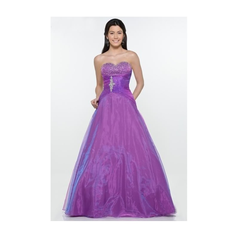 6d84b9e423b SKLADEM. Přidat na seznam přání. luxusní fialové společenské plesové šaty  Mandy M-L