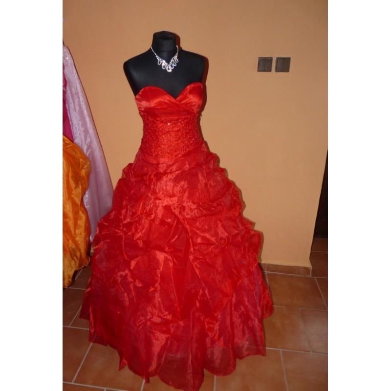 červené společenské plesové šaty na maturitní ples Mandy S-M ... 10e9a6ff4ff