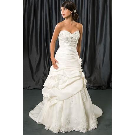 luxusní bílé svatební šaty s krajkou Debbie M-L