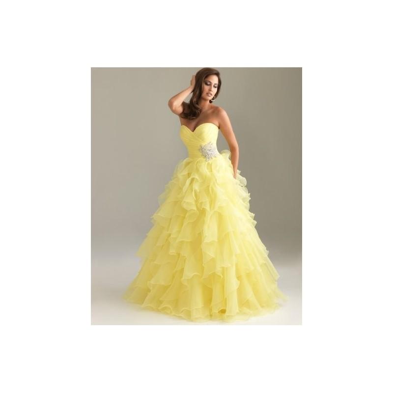 33ef7d0a170 Plesové šaty - výprodej 2019 - pořiďte si levné plesové šaty na ples ...