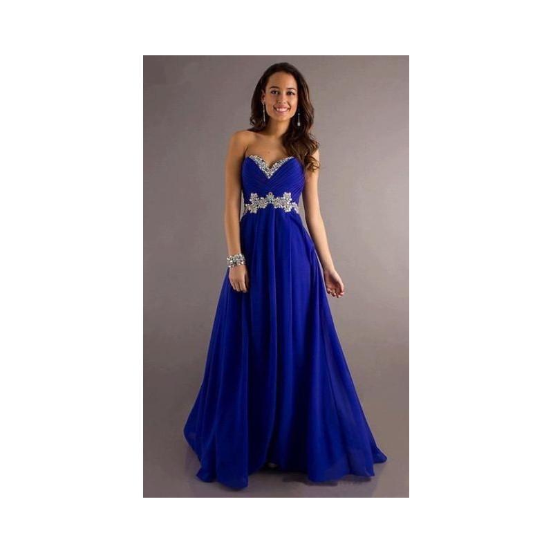 4abb38b88f07 Plesové šaty - výprodej 2019 - pořiďte si levné plesové šaty na ples ...