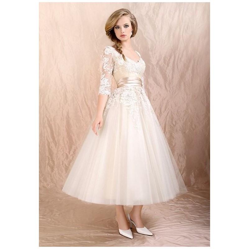 2f3b3576703 Plesové šaty - výprodej 2019 - pořiďte si levné plesové šaty na ples ...
