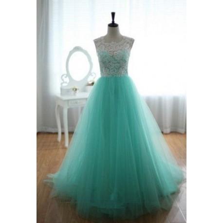 luxusní světle zelené plesové šaty tylové Penelopé M