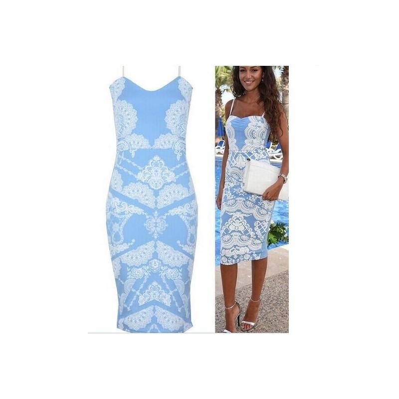 e4b7fa5aac1 krátké světle modré společenské šaty L-XL