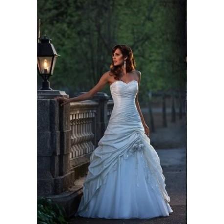 princeznovské bílé luxusní svatební šaty Adrianna L-XL - Hollywood ... 0e254d8487