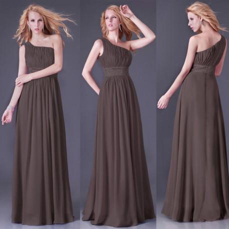 jednoduché hnědé společenské šaty na jedno rameno Lora M