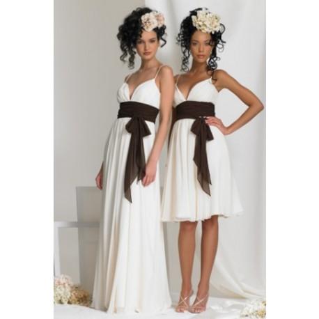 jednoduché bílé společenské šaty krátké i dlouhé Sofia S - Hollywood ... 78171c18903