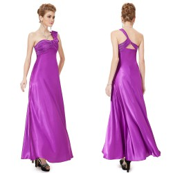 9b6d107fd4c Ever Pretty - Hollywood Style E-Shop - plesové a svatební šaty