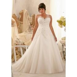Svatební šaty na prodej v Praze 6 - levné svatební šaty - Hollywood ... 45799db2b6