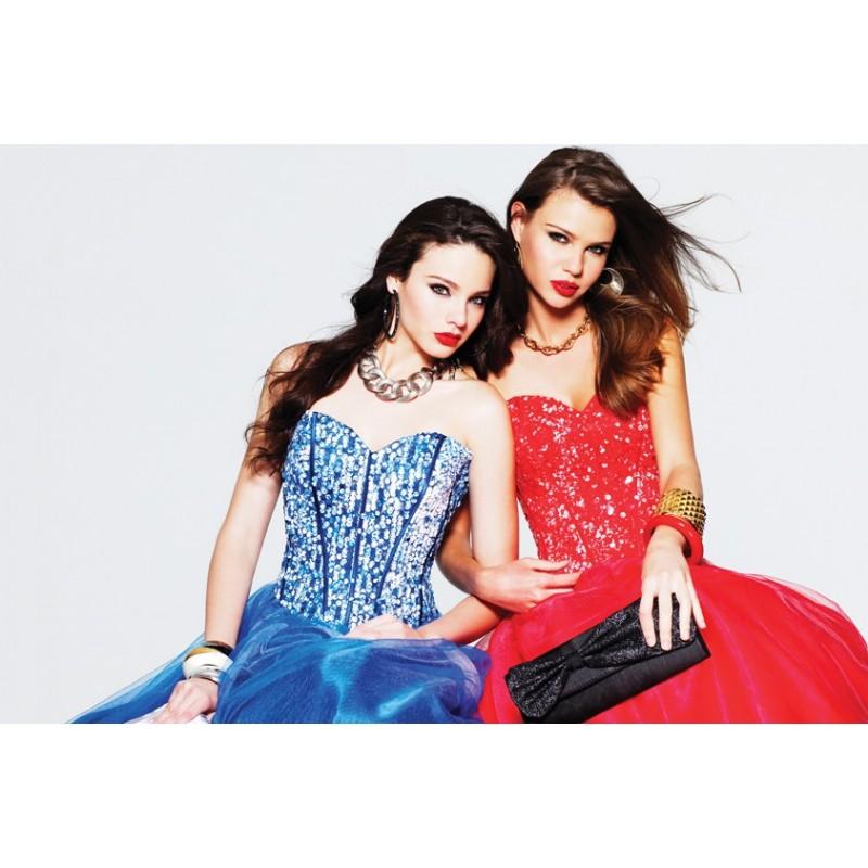 64f7572d36c ... tmavě modré plesové šaty na maturitní ples Faviana - originální model  6915