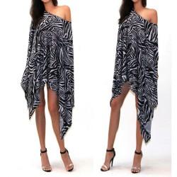 krátké asymetrické zebrované letní šaty