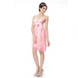 4d4032beeb84 Krátké společenské šaty pro družičky