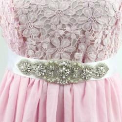 saténová stuha štrasová ozdoba svatebních šatů - bílá 6