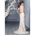 Svatební šaty SKLADEM